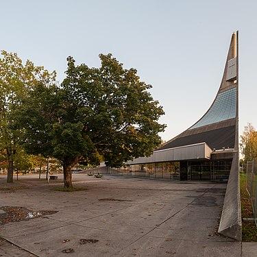 Lauritsalan kirkko 2017 03.jpg