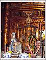 Le Dai Hanh statue.jpg
