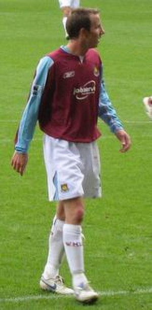 Lee Bowyer - Bowyer playing for West Ham in 2006