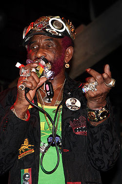 Lee scratch perry 2009.jpg
