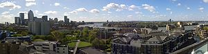 Cuckold's Point - Panorama: The bend in the Thames at Cuckold's Point, showing (left to right) Canary Wharf, Limehouse Reach, Ropemakers' Fields (in foreground), Limehouse Basin Lock, and the Lower Pool of London.