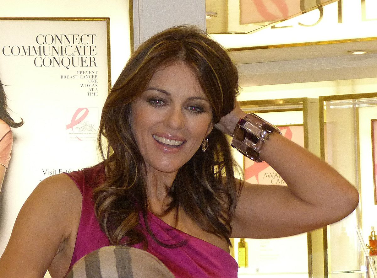 Watch Elizabeth Hurley (born 1965) video