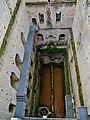 Loches Cité Royale Donjon Innen 11.jpg
