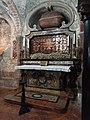 Lodi - cattedrale - tomba di Sant'Alberto Quadrelli.jpg