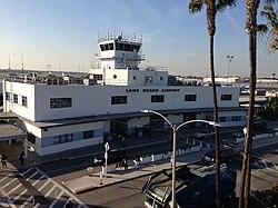 Long Beach Airport (11844662183).jpg