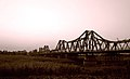 Long Bien Bridge 4347323209 a2a572ce12.jpg