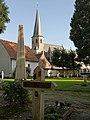 Loppem, parochiekerk Sint Martinus oeg209818 met begraafplaats oeg209871 foto6 2015-09-28 10.01.jpg