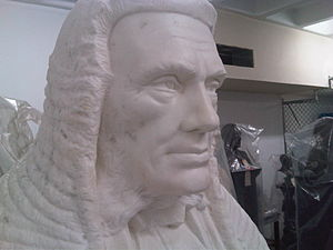 John de Villiers, 1st Baron de Villiers - Statue of John Henry de Villiers as Chief Justice