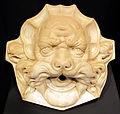 Lucca, protome marmora con mascherone di animale fantastico, 1500-1550, collez. privata.JPG