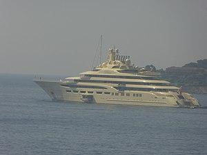 Dilbar (yacht) - Image: M Y Dilbar Cap Ferrat 2017