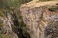MK04167 Maligne Canyon (Jasper NP).jpg