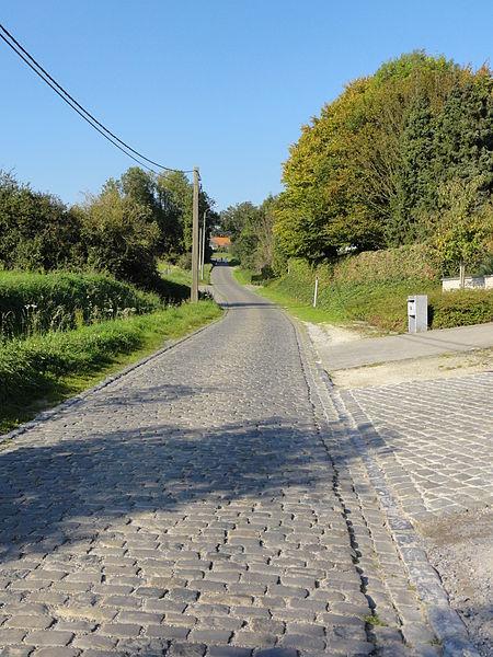 Eikenberg road and hill in Maarke. Maarke, Maarke-Kerkem, Maarkedal, East Flanders, Belgium