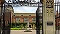 Main Gate of Westminster College, Cambridge.jpg