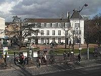 Mairie de Villeneuve-Saint-Georges (Val-de-Marne).jpg