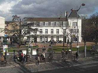 Villeneuve-Saint-Georges - The town hall of Villeneuve-Saint-Georges
