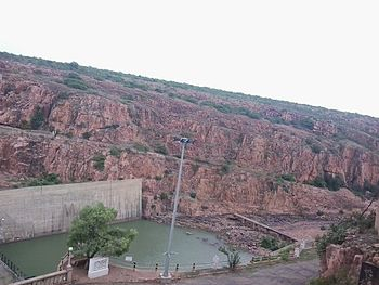 Malaprabha river at Navilu theertha dam.jpg