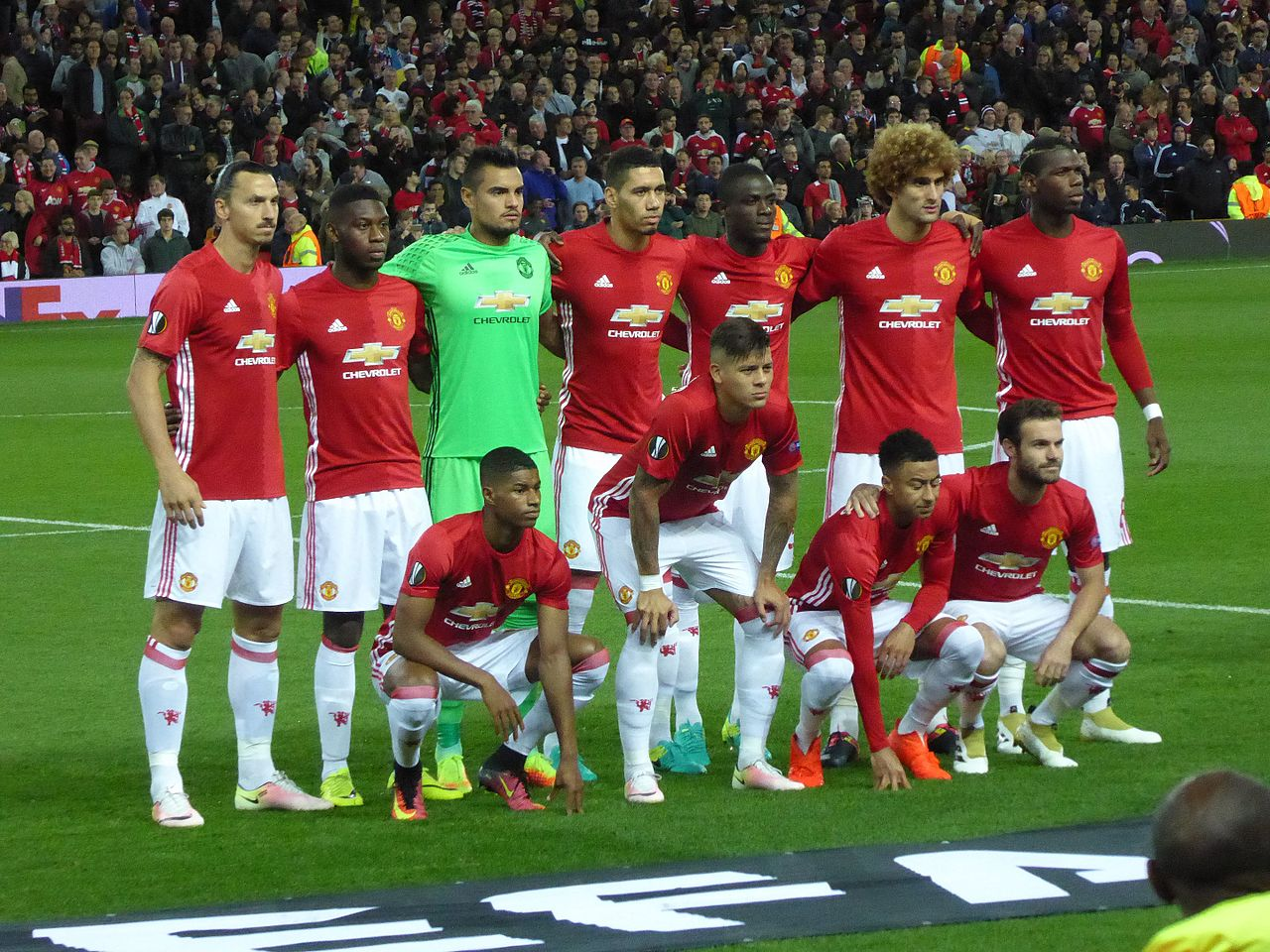 Man U Picture: File:Manchester United V Zorya Luhansk, September 2016 (10