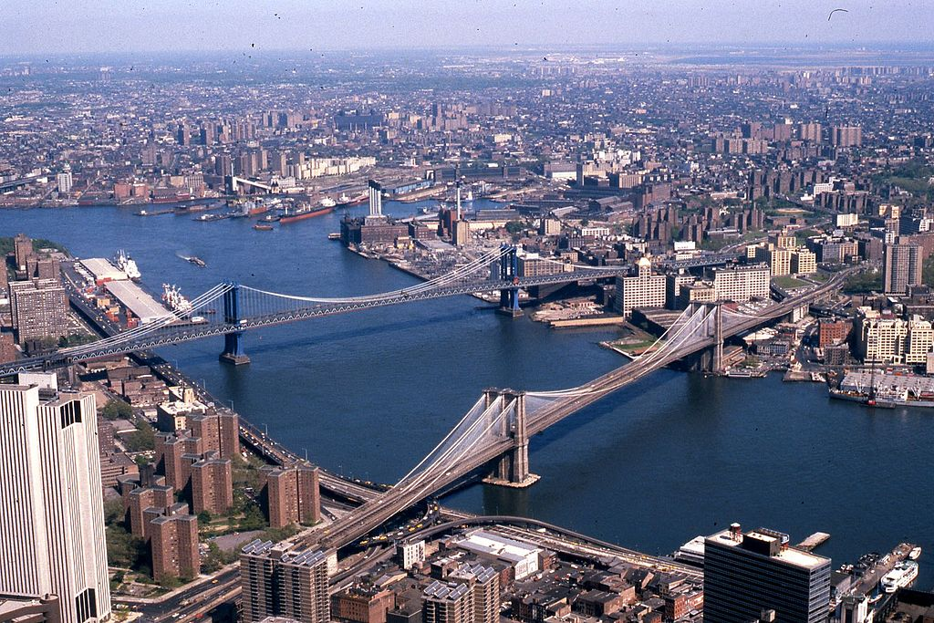 file manhattan and brooklyn bridges on the east river new york city wikipedia. Black Bedroom Furniture Sets. Home Design Ideas