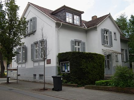 Martin Buber's house (1916-38) in Heppenheim, Germany. Now the headquarters of the ICCJ. Martin-Buber-Haus Heppenheim.JPG