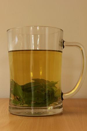 Česky: Mátový čaj