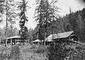 McCredie Springs Resort, main hotel and sawmill immediately in front, Cascade National Forest, 1910.jpg