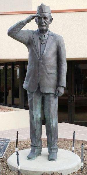 George Edward Wahlen - Major Wahlen statue at the Utah Valley Memorial Veterans Cemetery