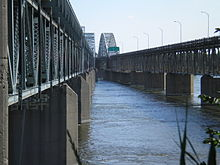 Mercier Bridge, Lasalle side.JPG