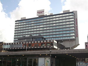 Piccadilly Gardens - Mercure Piccadilly Hotel, Piccadilly Plaza