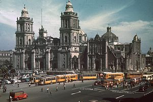 Streetcars in North America - Streetcars in Mexico City on the Zócalo (main square), 1940