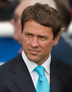 Michael Owen (Portrait).jpg