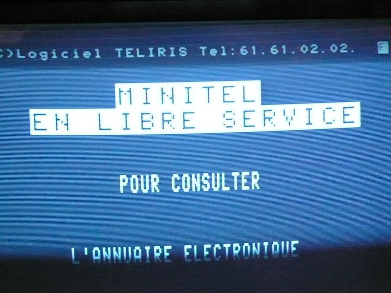 File:Minitel en libre service.jpg