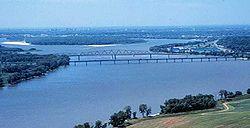 Confluencia de los ríos Misisipi y Missouri en San Luis