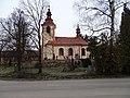 Mořina, kostel svatého Stanislava, jižní strana.jpg