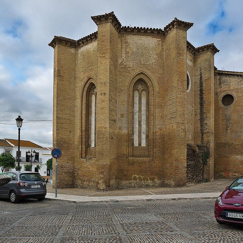Exterior del ábside de la nave central. Construcción gótico-mudéjar