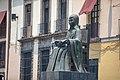 Monumento a Sor Juana Inés de la Cruz en el callejón de San Jerónimo vista de tres cuartos.jpg