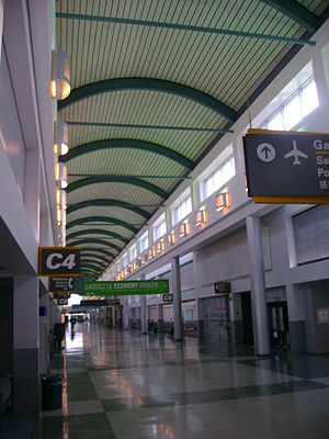Louis Armstrong New Orleans International Airport - The inside of MSY's Concourse C