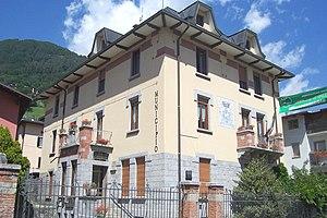 Vezza d'Oglio - the Tow Hall