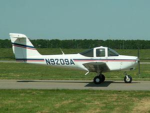 N9209A Piper PA-38-112.JPG