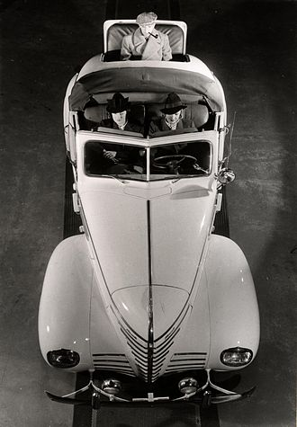 Plymouth (automobile) - 1939 Plymouth in a Swedish 1940s fashion photo