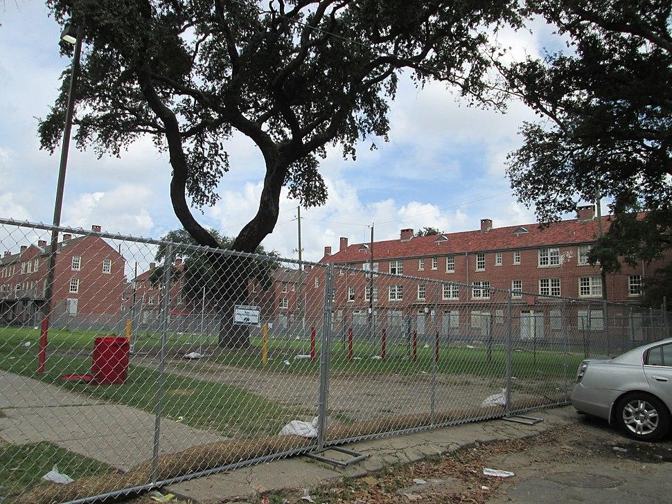 NOLA16Sep13 Iberville Fence