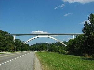 Natchez Trace Parkway Bridge - Image: Natchez Trace Parkway Bridge (side)