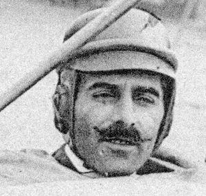 Édouard Nieuport - Édouard Nieuport aboard a Nieuport aircraft