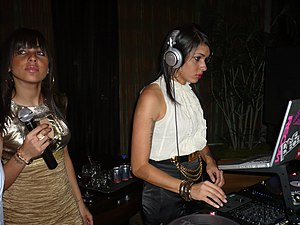 Natalie (left) and Nicole (right) performing in 2007