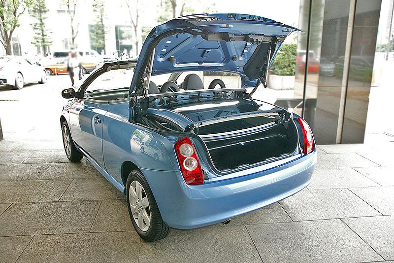 2005 Nissan Micra 160sr. 2002 Nissan Micra C+c Concept