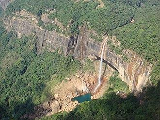 Cherrapunji - Nohkalikai falls