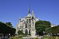 Notre Dame de Paris seen from East.jpg