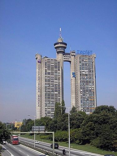 Novi Beograd - West Gate 01.jpg