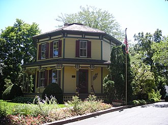 Octagon house - Image: Octagon House (Barrington, IL) 01