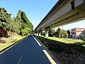 Ohlone Greenway and R-Line viaduct (1), July 2020.JPG
