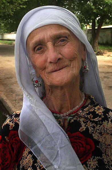 File:Old woman from Tajikistan.jpg